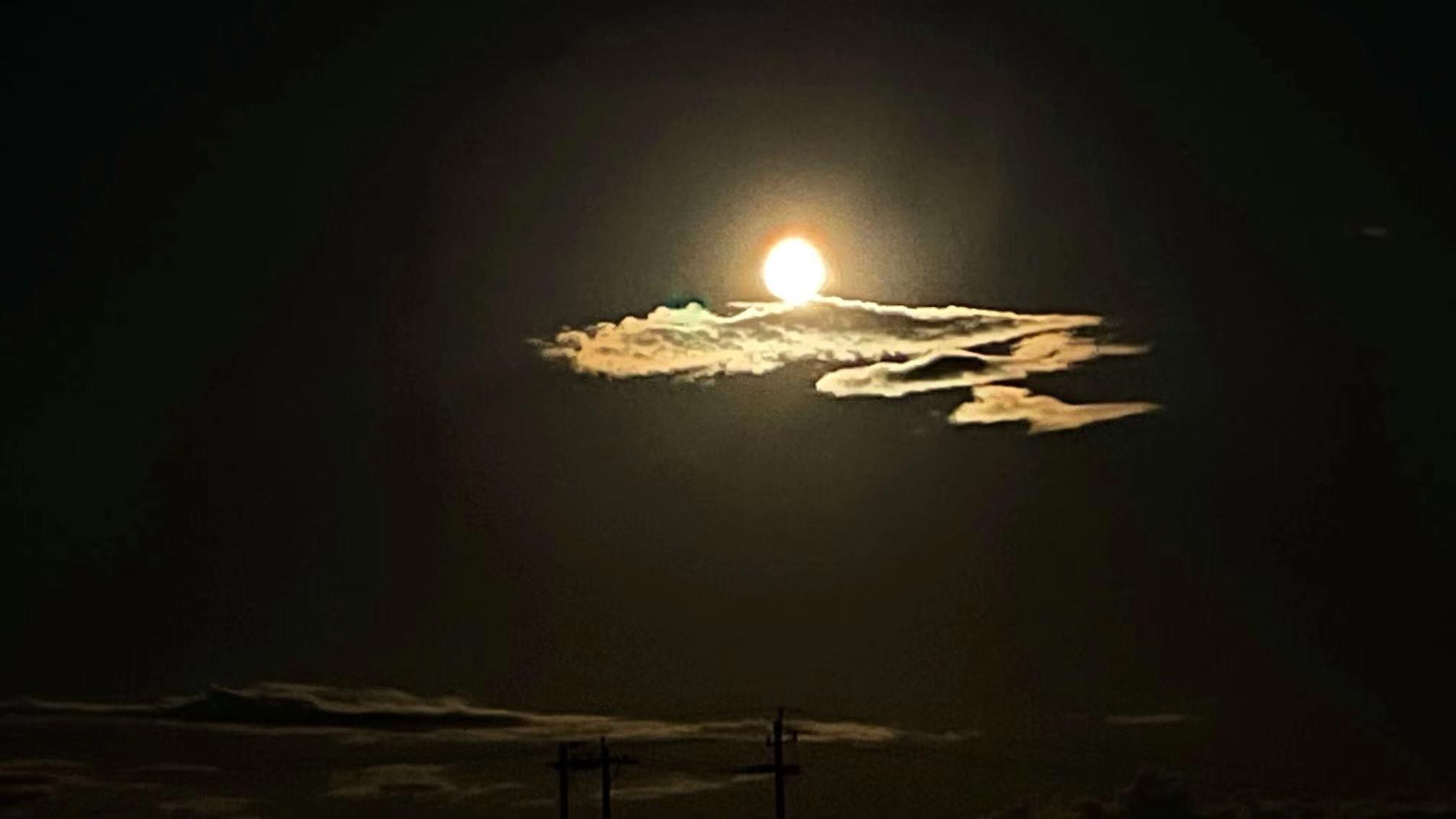 呼伦贝尔-月亮